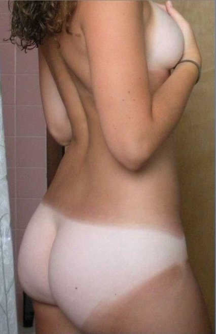 Amateur ass tanlines Porn Photo