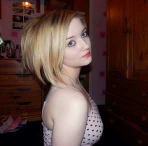 amateur photo Pale and pretty in her bedroom