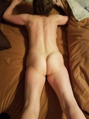 amateur photo My wife has been working on her ass and is interested in what *other* men think ...