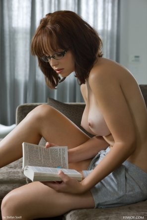 amateur photo Reading is sexy