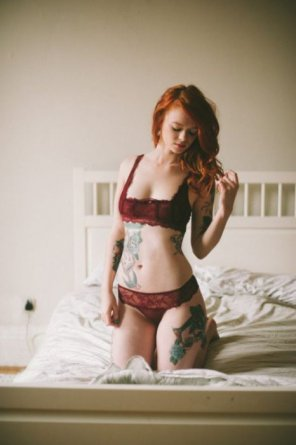 amateur photo Red hair, red lingerie