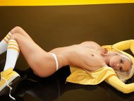 Rhian Sugden in yellow