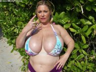 Samantha38G ruins the curve for BBWs in bikinis