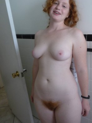 amateur photo Plump girl...