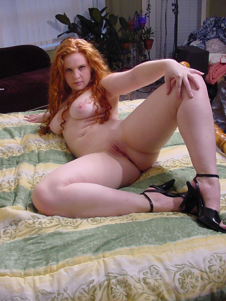 Sexy Amateur Redhead