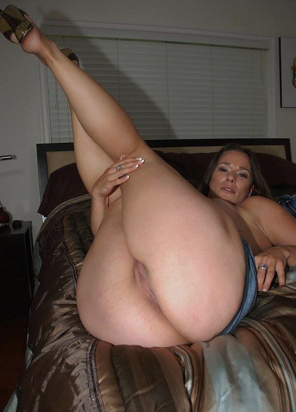 naked-women-with-big-thighs-fucking