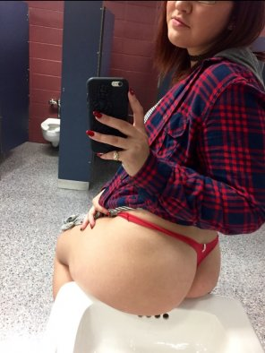 amateur photo Restroom break