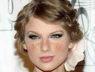 Taylor Swift, if she had freckles.