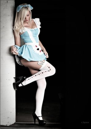 amateur photo Alice in Wonderland