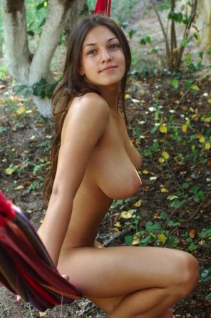 amateur photo she lost her clothes