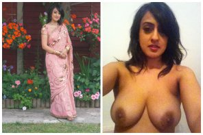 amateur photo Saree On/ Off