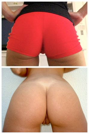amateur photo Two totally different looks at my squat booty