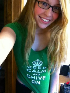 amateur photo Chive on.