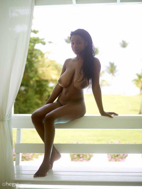 Exotic Kiky Porn Photo