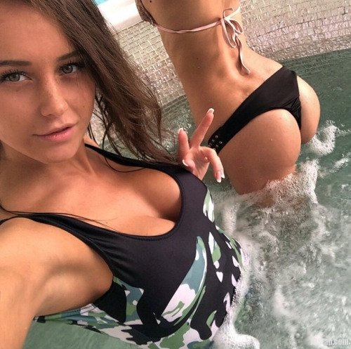 Posing in the jacuzzi Porn Photo
