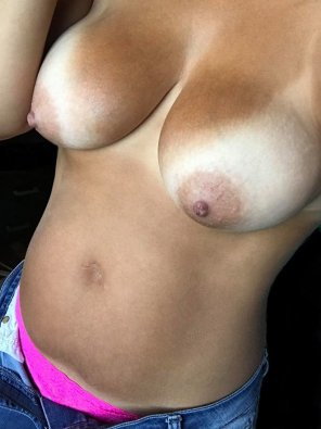 amateur photo My sexy wife, her amazing bod, and her incredible tanlines!
