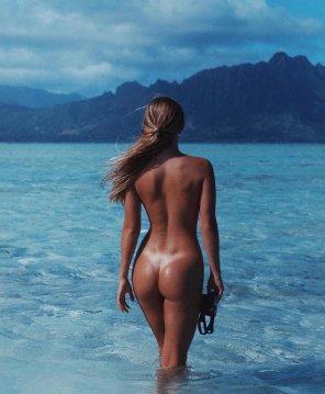 amateur photo Clear blue sea