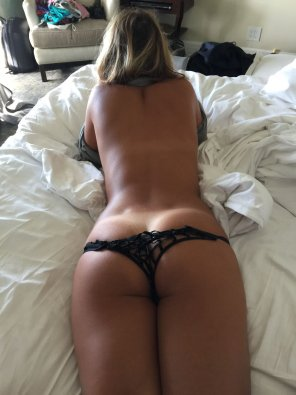 amateur photo A perfectly tan booty
