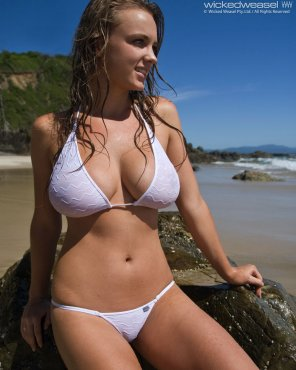 amateur photo Nice bikini