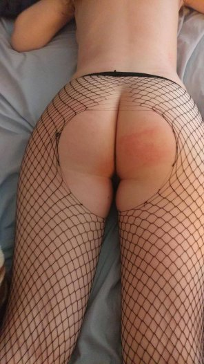 amateur photo Ripped open fish nets and spanks!