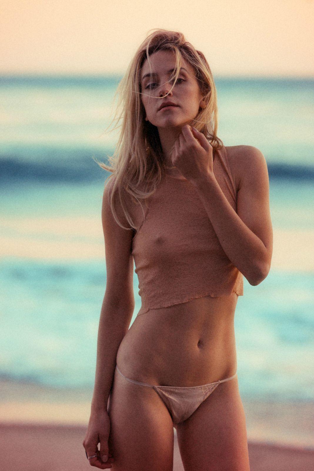 walk Best bikini