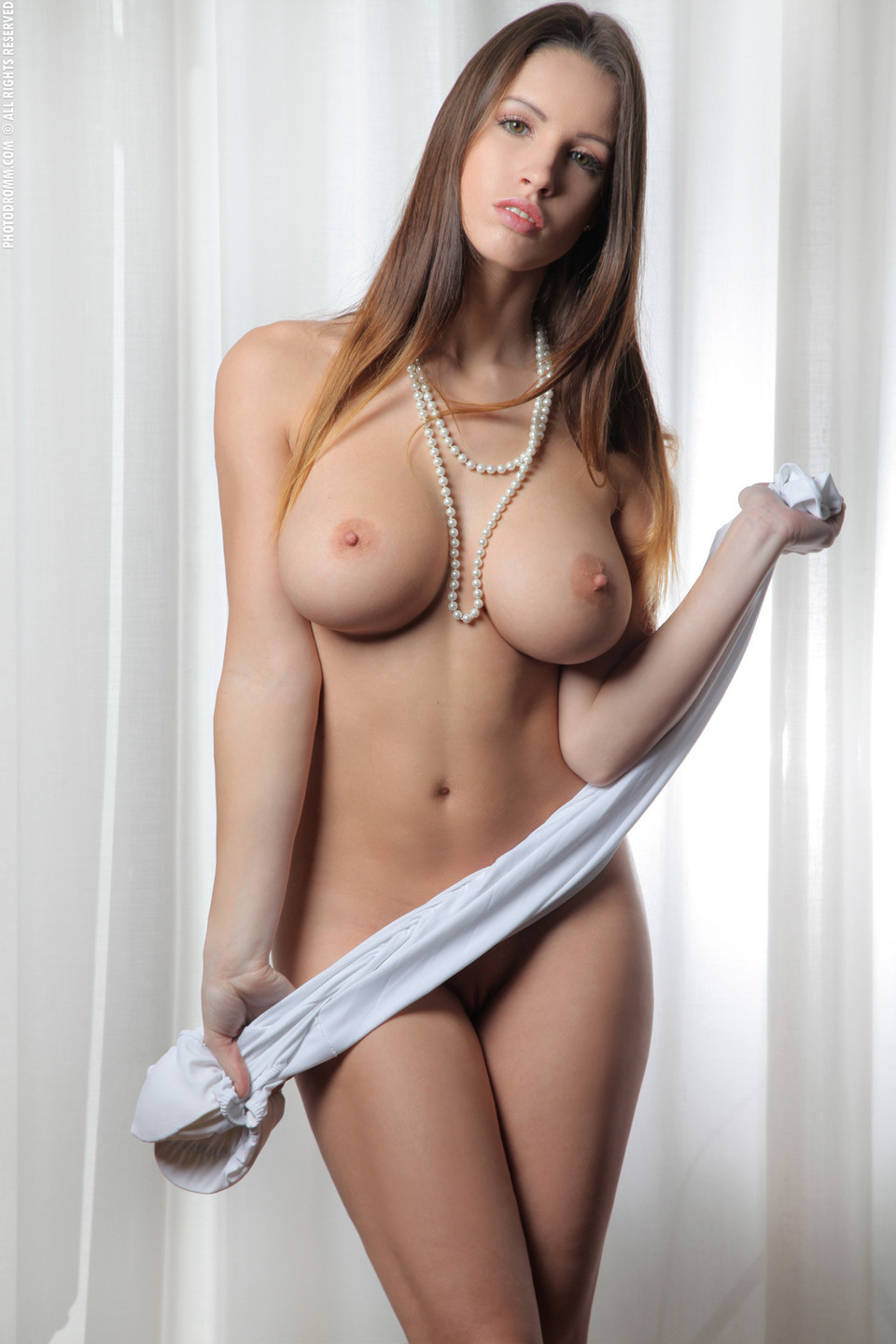 strip gorgeous escorts