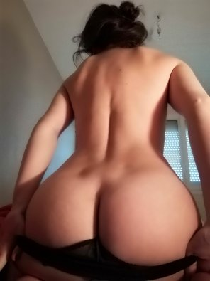 amateur photo Hard Time going out o[f] bed