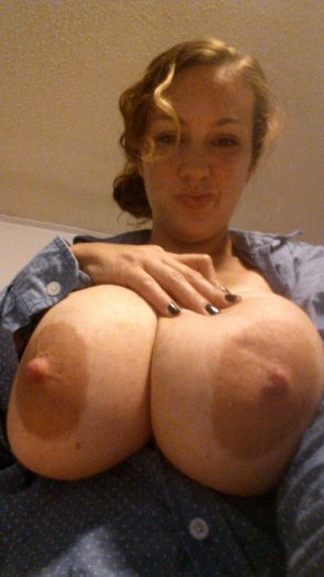 amateur photo Huge Knockers