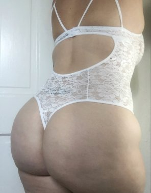 amateur photo White Lace Body Suit