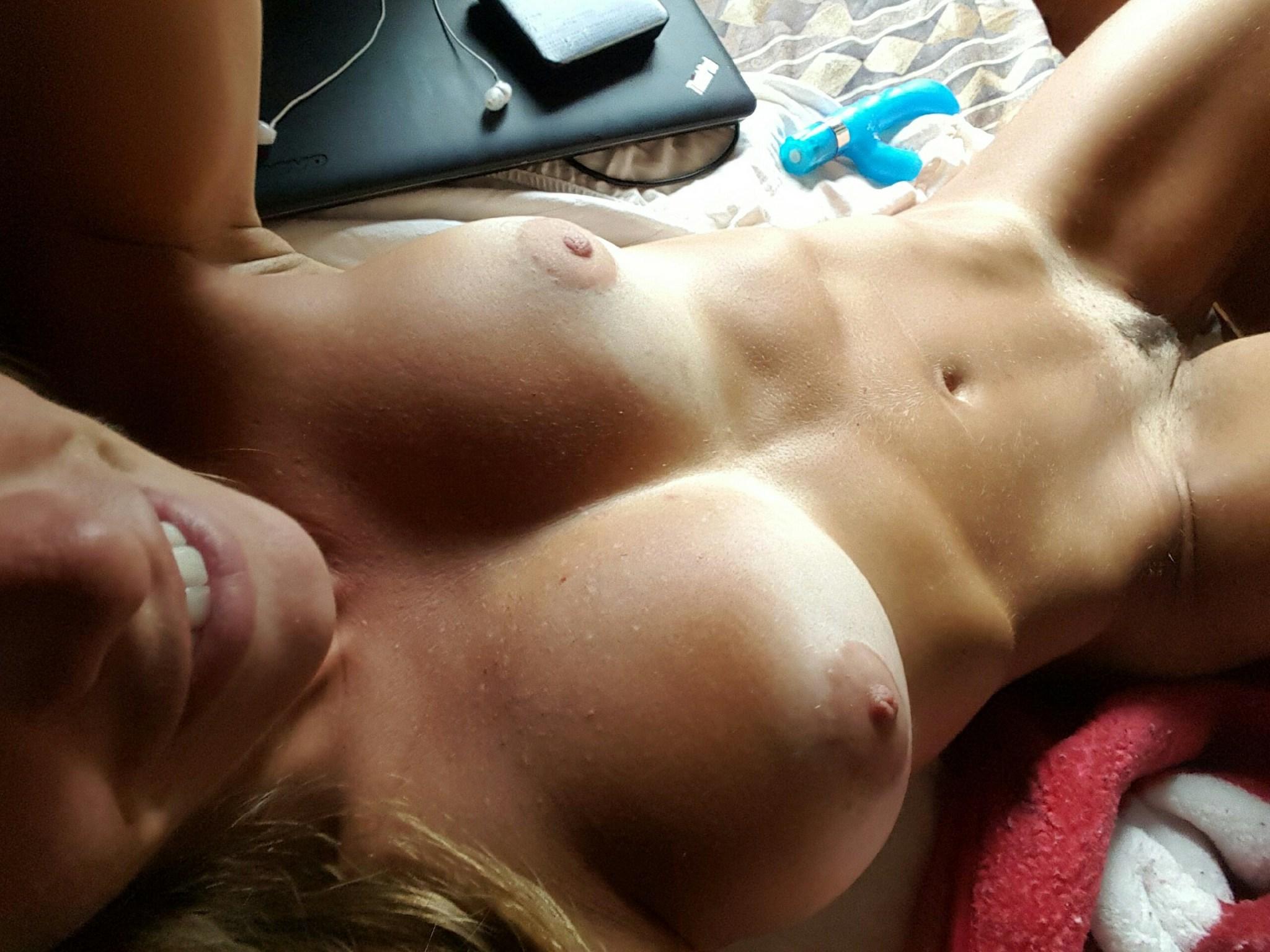 Selfie nude pics