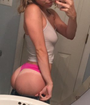 amateur photo All that ass [F18]