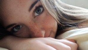 amateur photo Green eyes