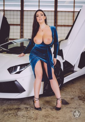 amateur photo Angela White tits out in a blue dress