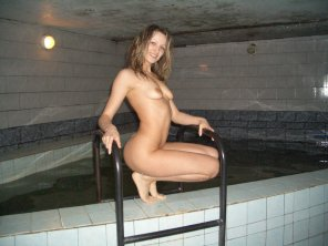 amateur photo Hot chick at some sketchy spa
