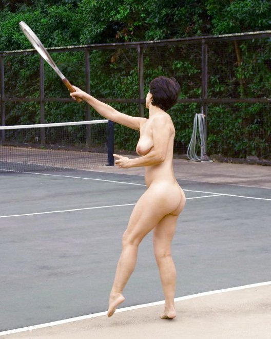 Tennis milf Porn Photo