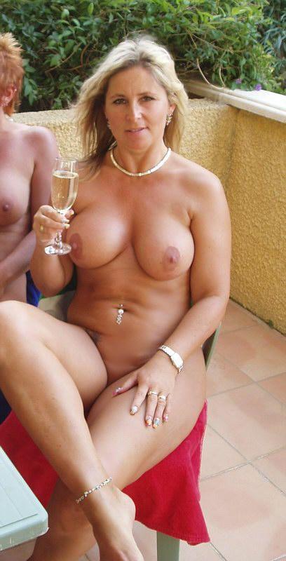 Parvati shallow naked
