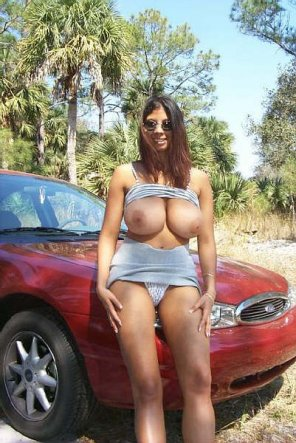 amateur photo Red hot car