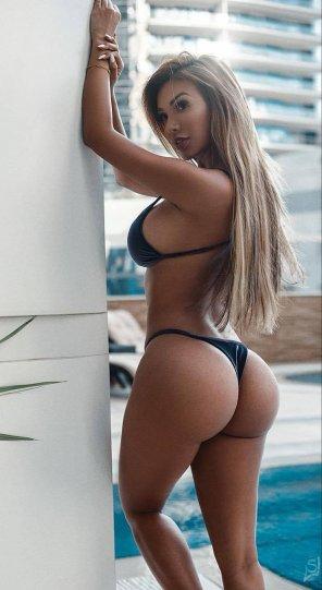amateur photo Black bikini pop