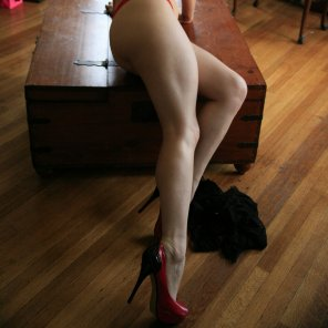 amateur photo Do you like my legs?