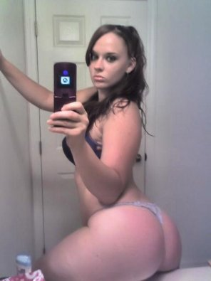 amateur photo Booty on the Sink