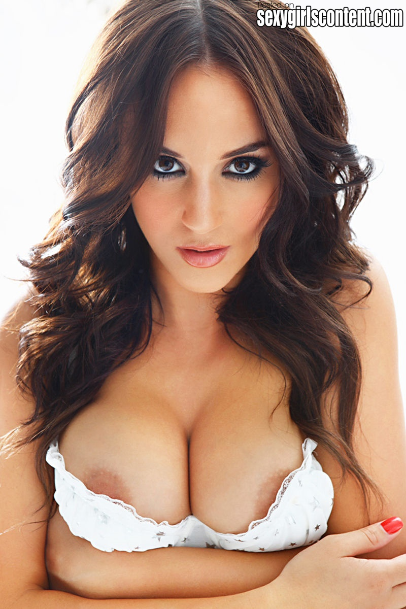 Rosie jones sex tape
