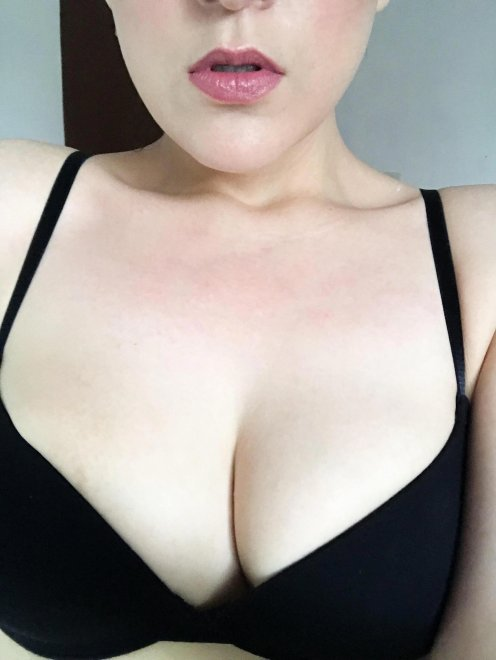 Pale skin + DSLs Porn Photo