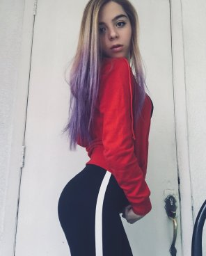amateur photo Colorful hair