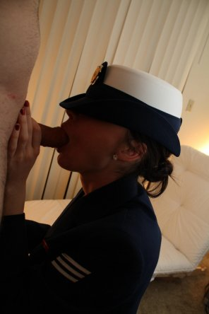 amateur photo Navy Girl