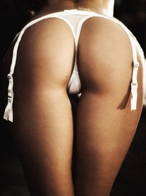 amateur photo Hanging garters
