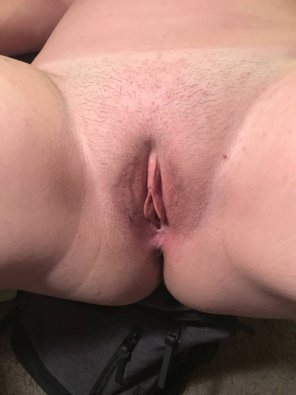 amateur photo My Pussy is Getting Wet [F]