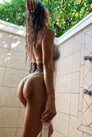 amateur photo incredible body and ass