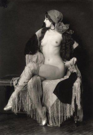 amateur photo Virginia Biddle, 1927