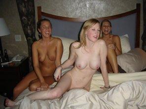 amateur photo Hotel Bed Oreo