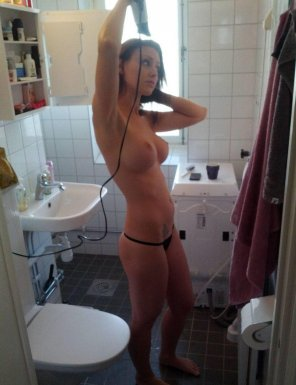 amateur photo PictureDrying her hair